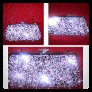 👛 Elegant Holiday Diamond clutch w/small chain